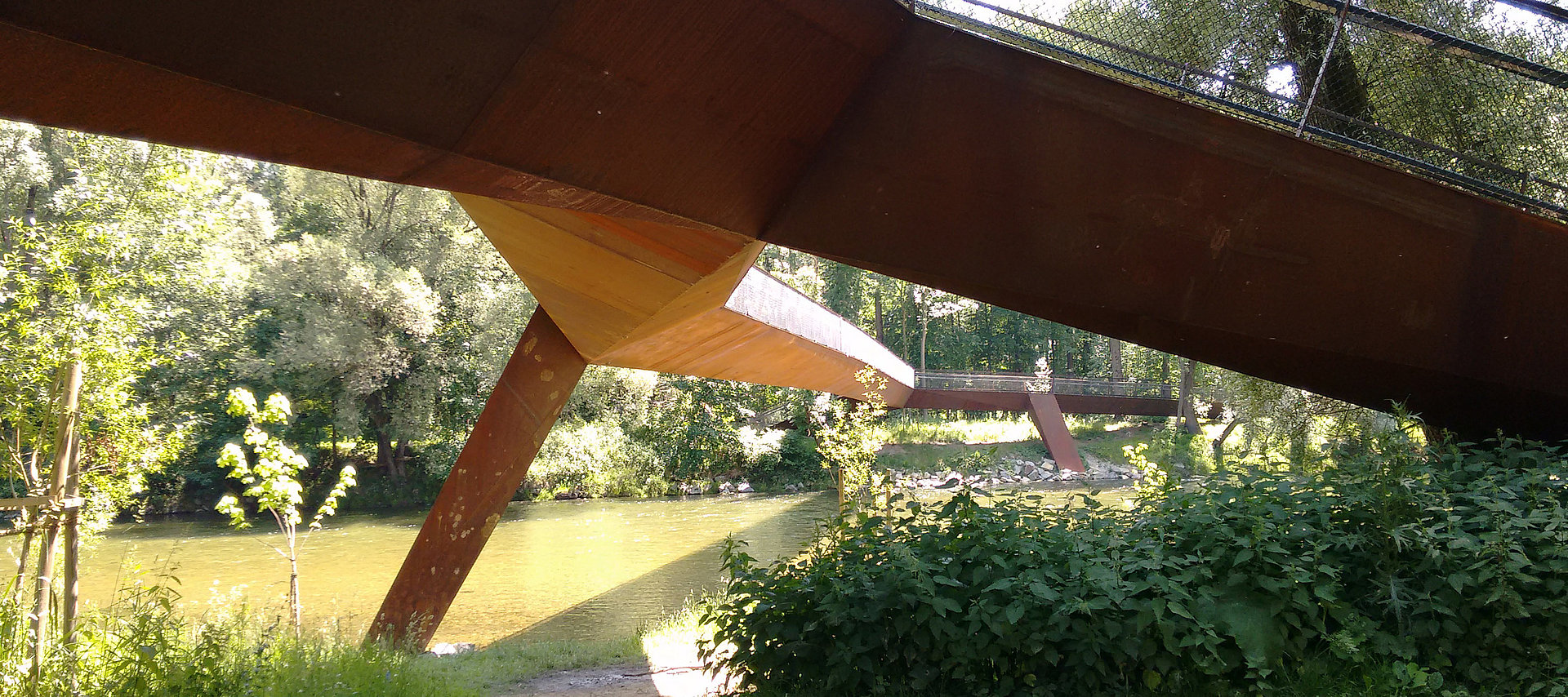 Isarsteg Nord in Freising: steel construction for box girder bridge by Rädlinger